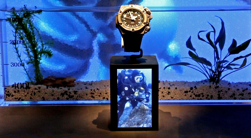 Aquarium showcase at Baselworld 2015 Immersion in the depths.