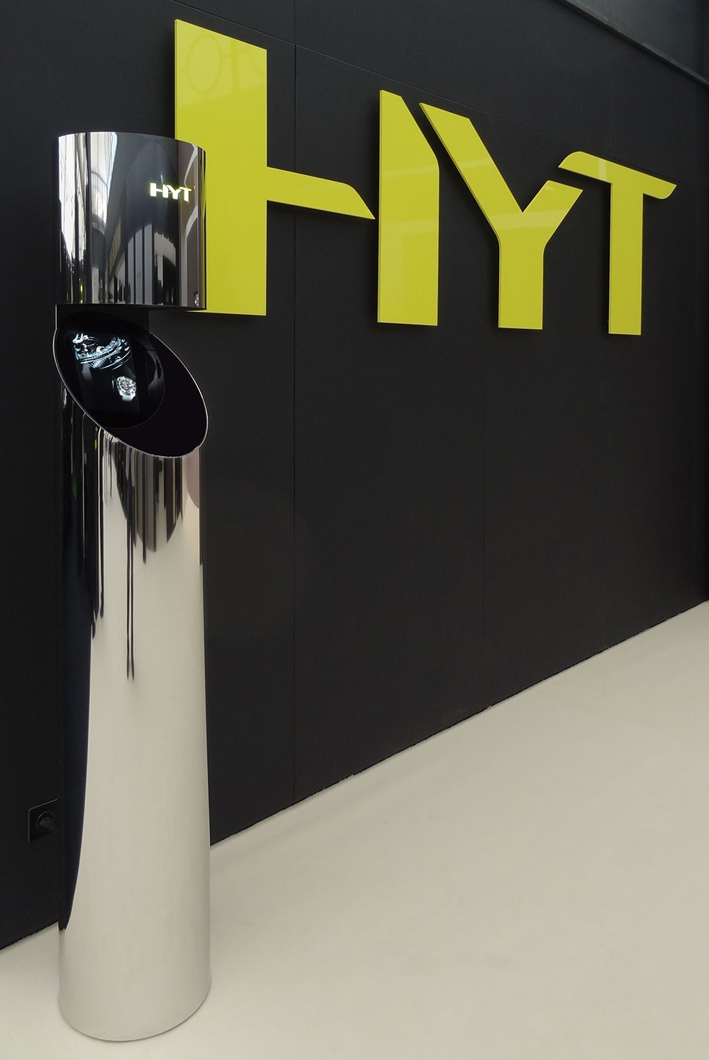 HYT and its holographic tubes with ultra-violet light at Baselworld 2012.