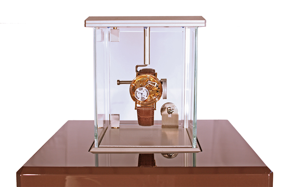 The Breguet Pulsograph display case: The 21st Century pendulum.