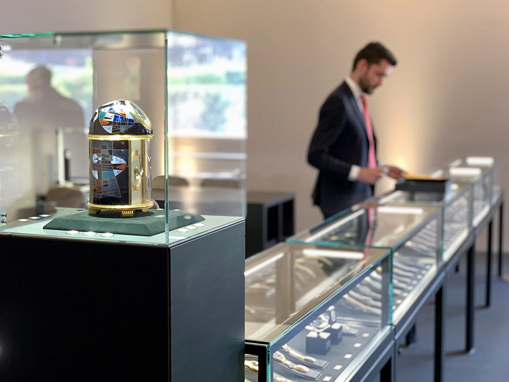 Welcome to the Geneva Watch Auction: NINE at Hotel La Réserve, Geneva.