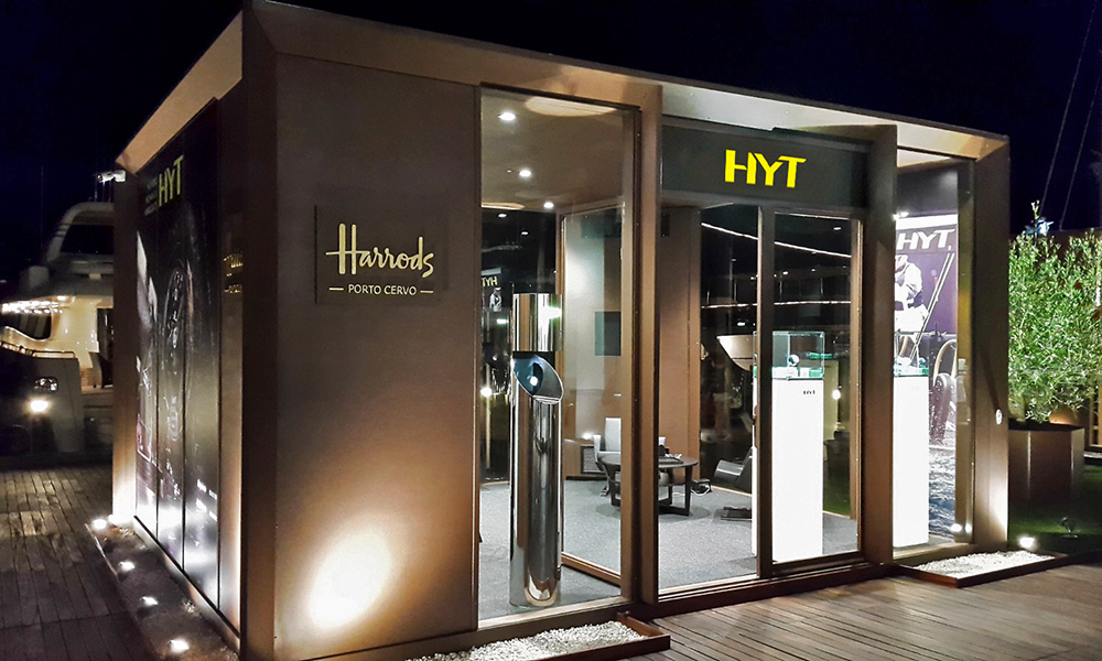 #portociervo #hytwatches #harrods #displaycase #showcase