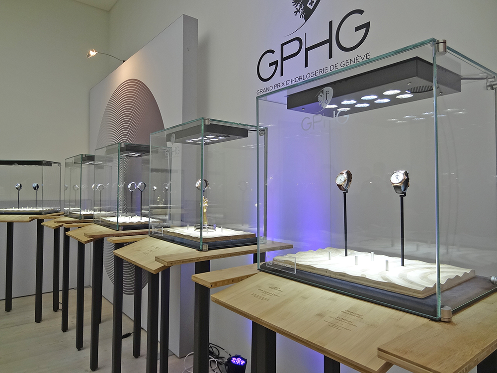#gphg #gphg2014 #saatchigallery #london #head #displaycase #salonqp #vitrineexposition