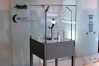 Dietlin - Inventor and manufacturer of unique showcases